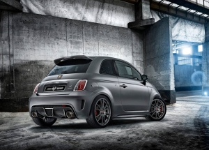 Fiat-695_Abarth_Biposto_2015_1600x1200_wallpaper_20