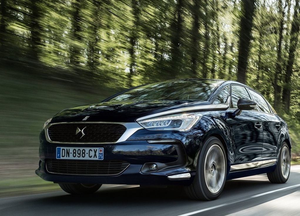 Citroen-DS5_2016_1024x768_wallpaper_0f