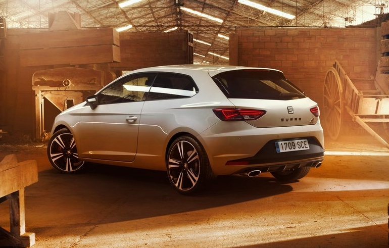 Seat-Leon_Cupra_290_2016_1024x768_wallpaper_03