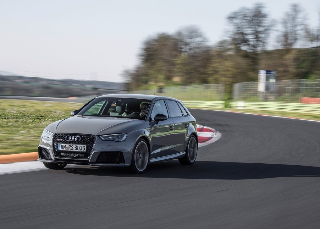 Audi-RS3_Sportback_2016_1024x768_wallpaper_13