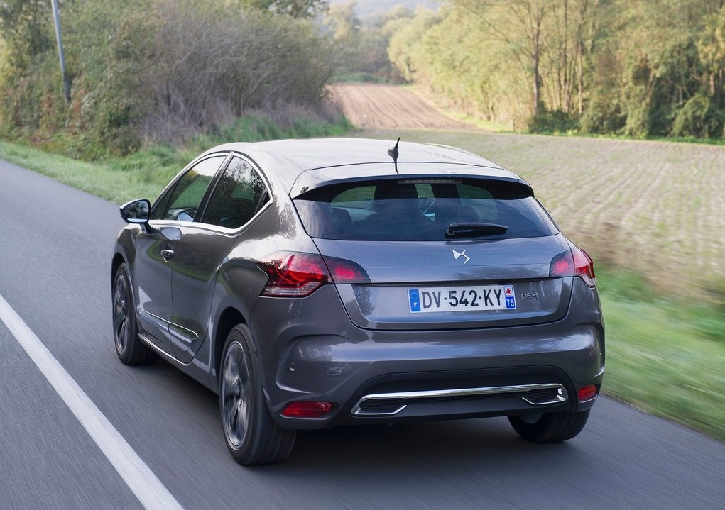 Citroen-DS4_2016_1024x768_wallpaper_10