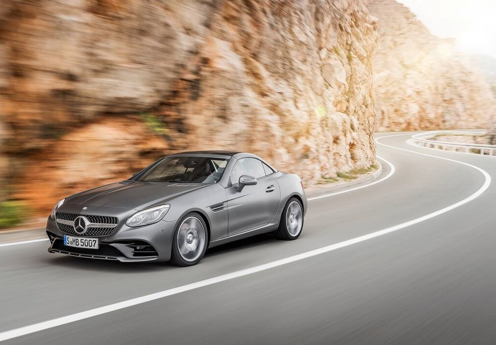 Mercedes-Benz-SLC_2017_1024x768_wallpaper_05