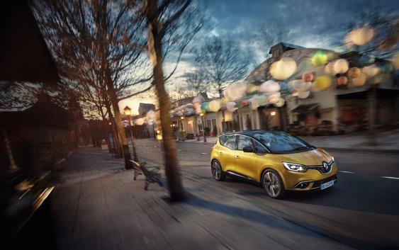 Renault SCENIC:Το απόλυτο οικογενειακό της ελληνικής αγοράς