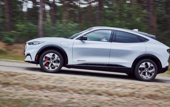 Mustang Mach-E: Ένα ηλεκτρικό μοντέλο με Ευρωπαϊκό προσανατολισμό (+video)