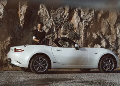 Ο Σωτήρης Κοντιζάς επανασυνδέεται με την αγαπημένη του Mazda